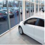 car-showroom-window-cleaning